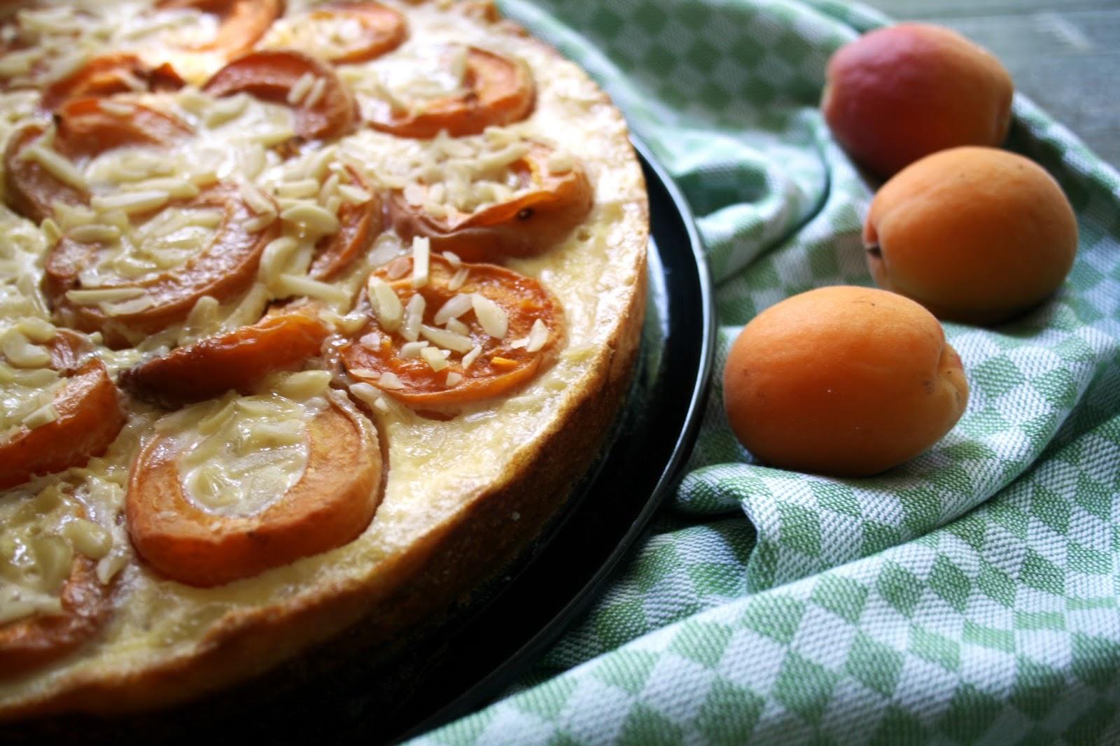 Dusy Sommerküche : Aprikosentarte mit mandeln sugar & spice