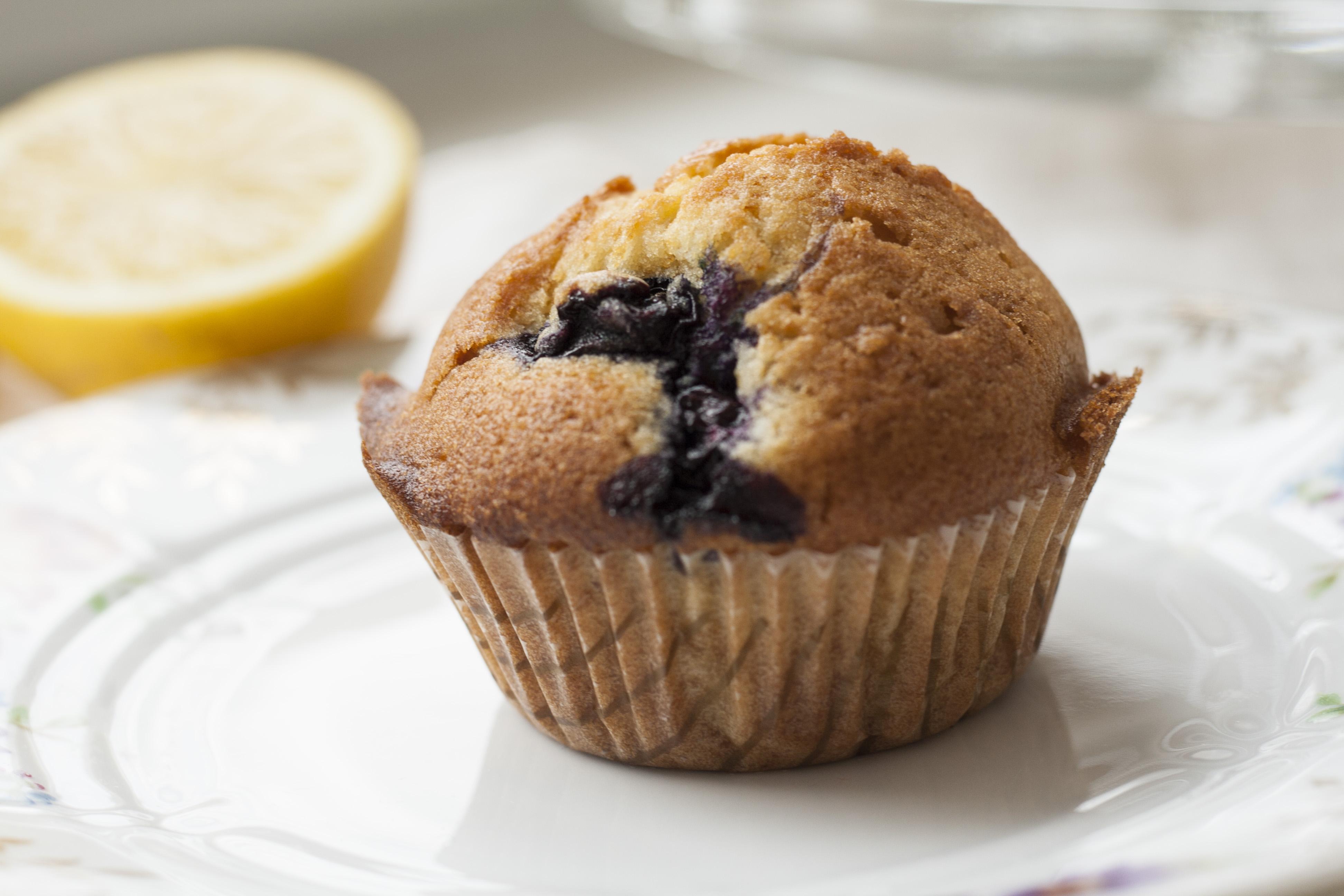 zitronen blaubeer muffins sugar amp spice