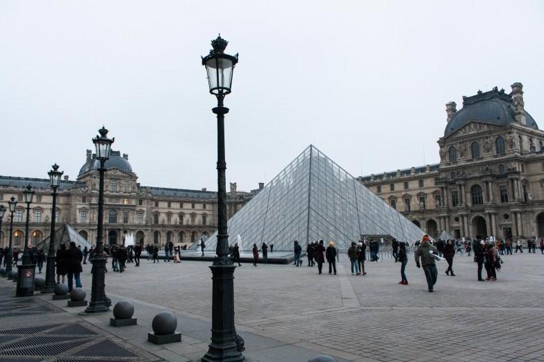 Bild 2 Louvre