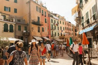 3_Menschen in den Cinque Terre1