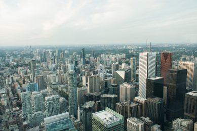 Bild 19 Toronto Skyline vom CN-Tower aus