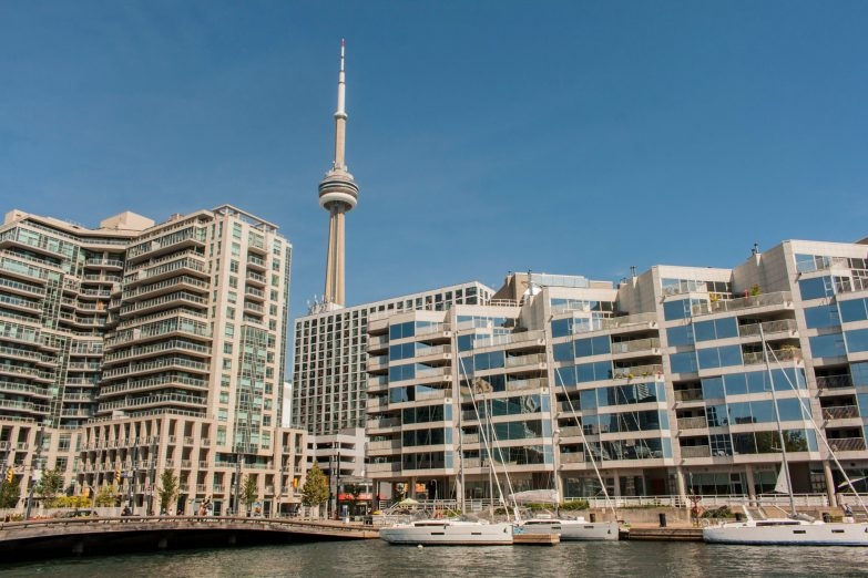 Bild 5 Toronto Harbourfront mit CN-Tower