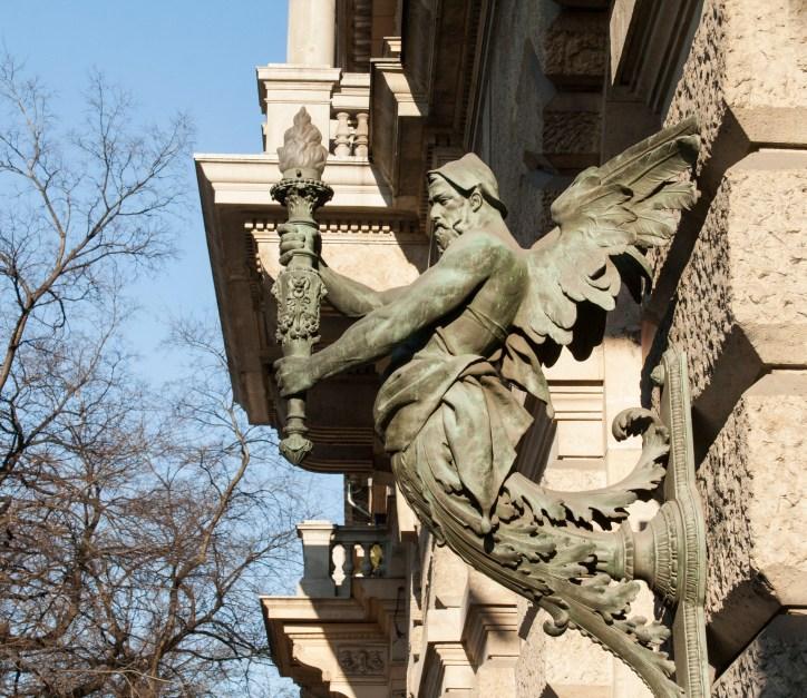 23 Andrassy ut Budapest Detail an Haus
